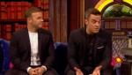 Gary et Robbie interview au Paul O Grady 07-10-2010 A34d88101824495