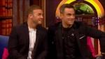 Gary et Robbie interview au Paul O Grady 07-10-2010 B814c7101826095