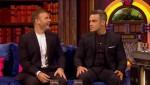 Gary et Robbie interview au Paul O Grady 07-10-2010 Be95fe101822286