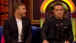 Gary et Robbie interview au Paul O Grady 07-10-2010 Eaabda101825696