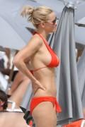 Дженни Маккарти, фото 28. Jenny McCarthy Miami Beach 10/15/10, photo 28