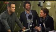 Take That à la radio DJ Italie 23/11-2010 Ebb0e2110833704