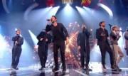 Take That au X Factor 12-12-2010 - Page 2 2eb877111006015