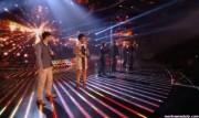 Take That au X Factor 12-12-2010 - Page 2 83234e111005550