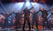 Take That au X Factor 12-12-2010 - Page 2 Ddca78111005475