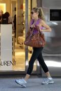 Anna Kournikova shoping in Bal Harbour, Miami, 23 November, x9