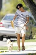Сельма Блэйр, фото 2. Selma Blair 'Walking her Dog in L.A.' August, photo 2