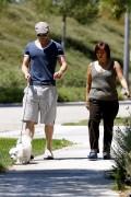 More pics of kellan Lutz walking a dog 8e893491599746
